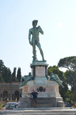 Esplanade Michel-Ange (Piazzale Michelangelo) : Площадь Микеланджело