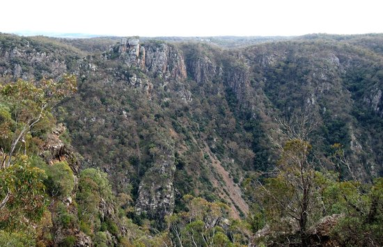 Bungonia State Conservation Area: Bungonia National Park views