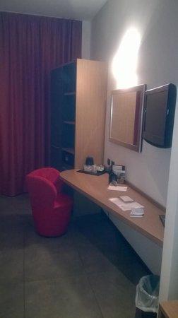 Hotel Cosmopolitan Bologna: Zimmer