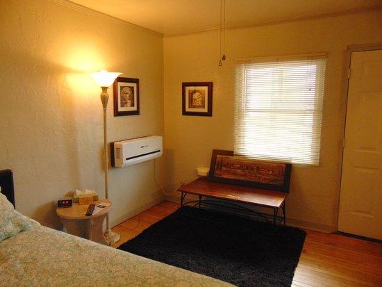 Buffalo Pointe Lodge: bedroom