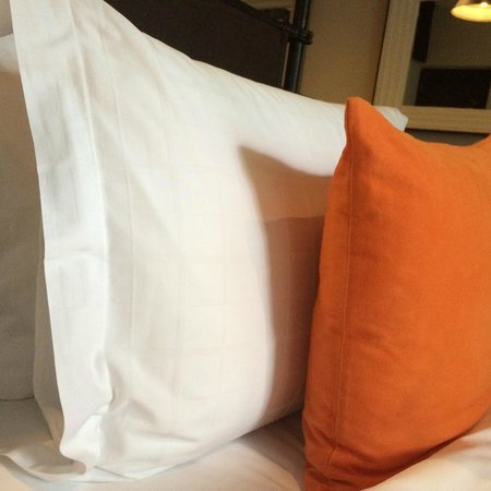 Shinta Mani Angkor: Magic pillows