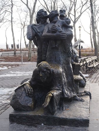 Battery Park : The Immigrants ~ a memorial dedicated to everyone who came to America through Castle Gardens