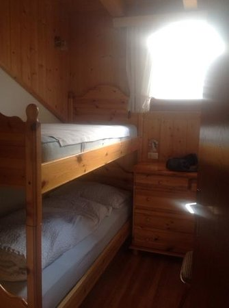B&B Apartments Confolia: cameretta con letto a castello