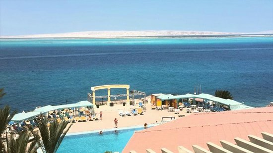 SUNRISE Holidays Resort: The view from the suite