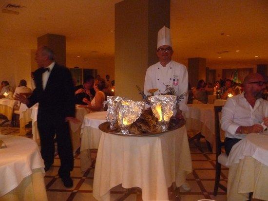 Alpha Hotel : Gala night