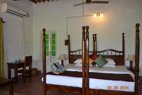 Punjabiyat: Bedroom.
