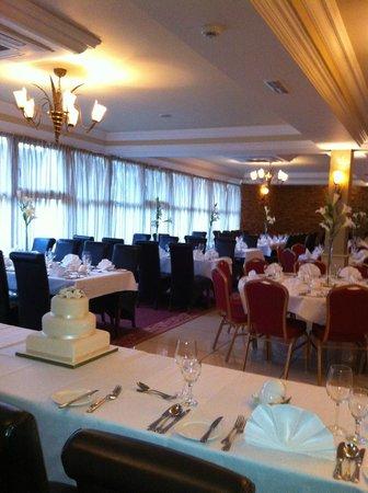 Cooneys Hotel: The Court yard Restaurant