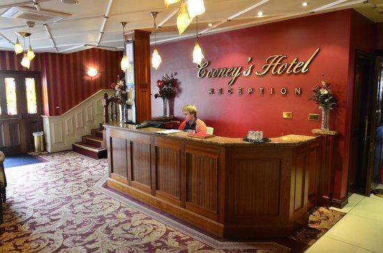 Cooneys Hotel: Cooneys Reception