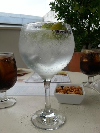 Hotel Amadeus: Bar & drinks