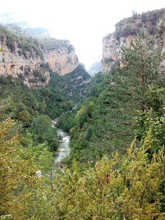 Una vista del valle: fotografía de Cañón de Añisclo, Escalona - TripAdvisor