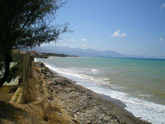 Fiesta Hotel Garden Beach: Вид на берегу