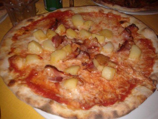 Pizzeria La Terrazza, Fiera di Primiero - Ristorante Recensioni ...