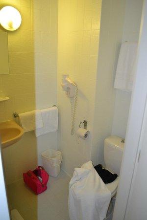 Hotel Melinda : Salle de bain