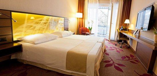 Hotel Ascot: Deluxe Twin Room
