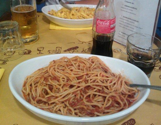 Pastarito Pizzarito : Spaghetti bolognese and tagliatelle with carbonara