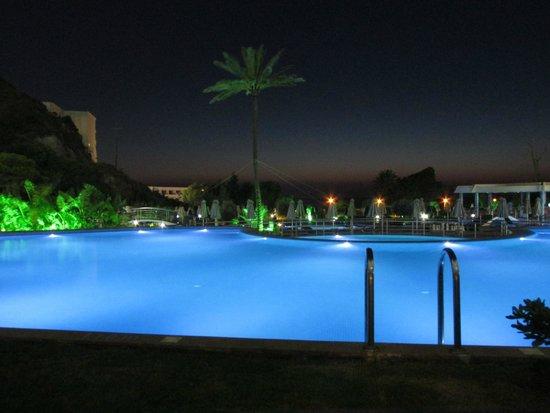 Atrium Platinum Hotel : night view from room - private pool