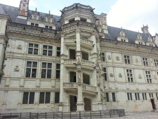 le celebre escalier picture of chateau royal de blois blois tripadvisor