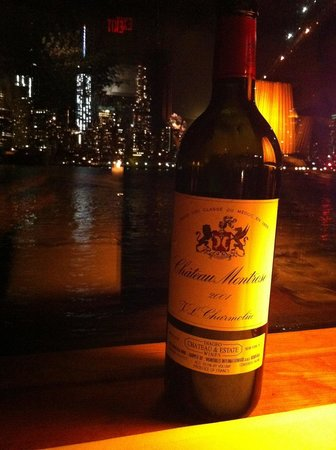 The River Cafe: Enjoying the red and the view