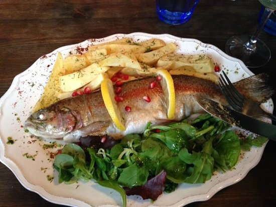 Little Georgia - Barnsbury: My Yummy Fish Main.