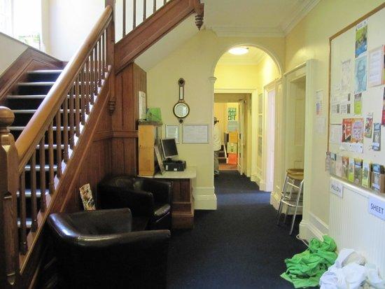 YHA Coniston Holly How: Hallway
