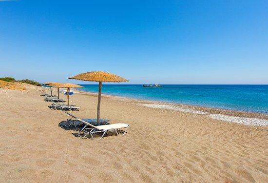 Horizon Line Villas: Free umbrellas and sun beds