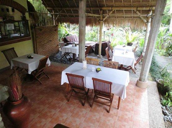 Tegal Sari: Dining Room