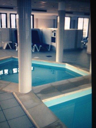 Résidence Goélia Belle Epoque : La piscine