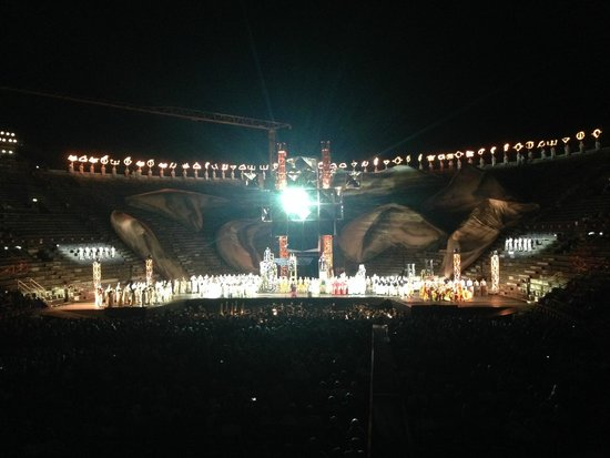 Arena di Verona: Aida Opera Night Time