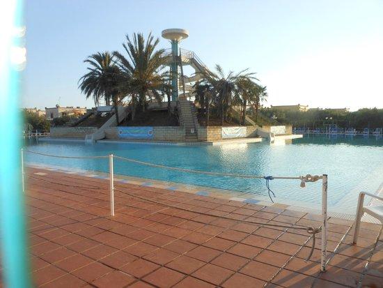 Torre Macauda: piscina