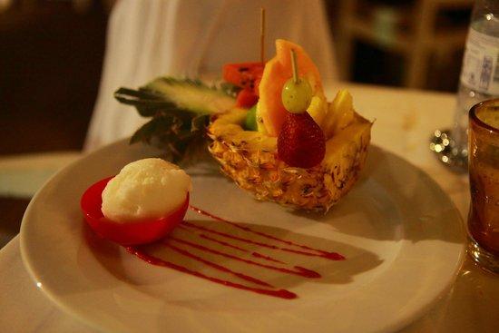 LUX* Saint Gilles: 美味的法式甜点