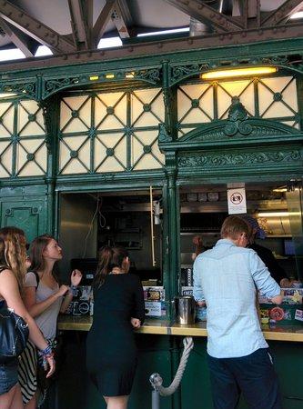 Burgermeister: La cabina cucina posta sotto sotto alla ferrovia