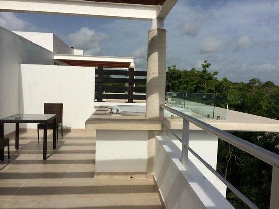 Luxury Bahia Principe Sian Ka'an Don Pablo Collection: penthouse balcony