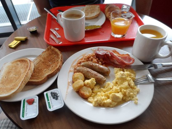 Hampton by Hilton Liverpool City Centre : breakfast