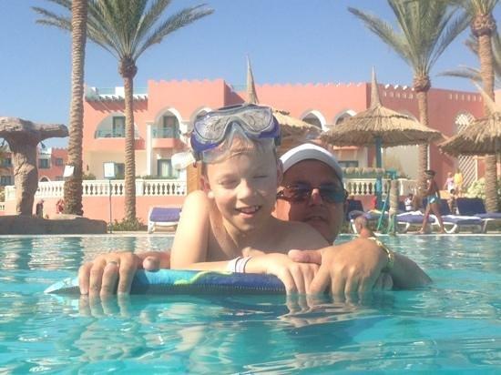 lti Tropicana Grand Azure : me and my boy