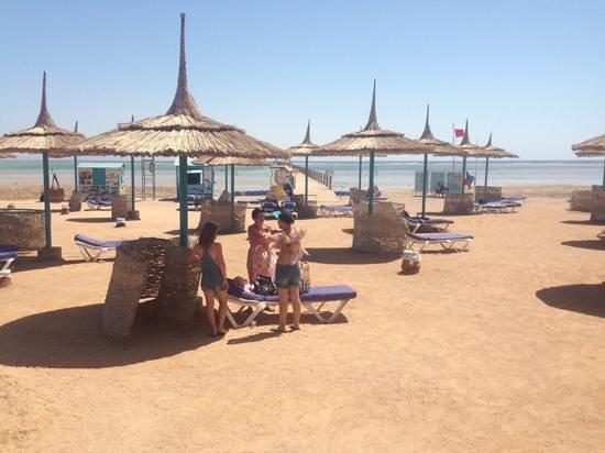 lti Tropicana Grand Azure : the beach