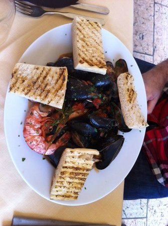 Osteria Vico del Rame : cozze soup......tasty but missing something in