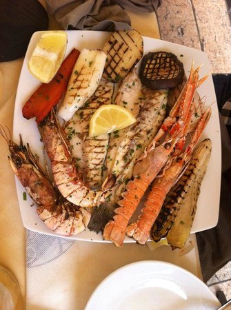 Osteria Vico del Rame : Grilled fish..... good but that's it. not exceptional