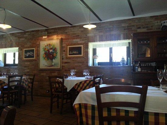 Osteria Italia : Interno osteria