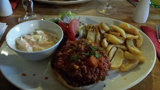 The Butchers Arms: Chilli Burger