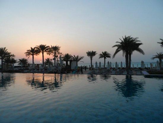 The St. Regis Saadiyat Island Resort: sunset from family pool
