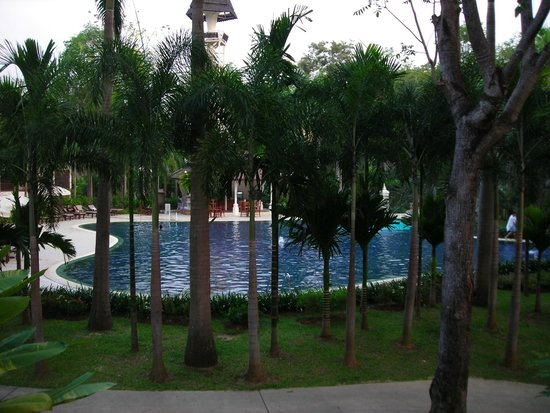 Mida Hotel Don Mueang Airport Bangkok : Большой бассейн