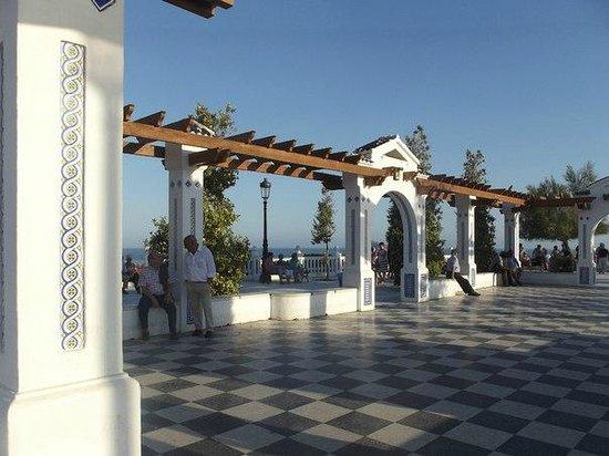 Playa de Levante: Площадь