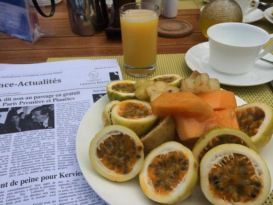 Constance Lemuria: Petit dejeuner