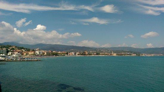 Hotel Arc en Ciel: Vista dal balcone