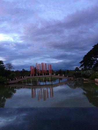 Le Meridien Chiang Rai Resort: outside