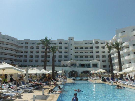 db San Antonio Hotel + Spa : Espace piscine