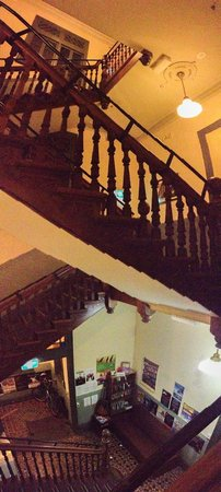 Home at The Mansion: The staircase, awesome!