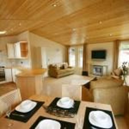 Loch Ness Highland Lodges: Spacious living at Loch Ness Holiday Park lodges