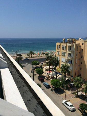 White Gold Hotel & Spa: Uitzicht vanaf de hotel kamer