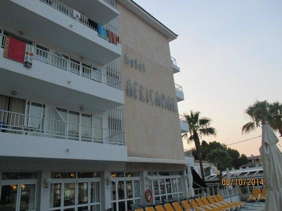 Africamar Aparthotel: Front of hotel